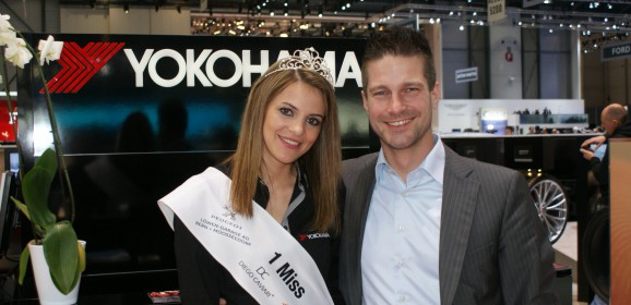 Miss Yokohama auf der Geneva Motor Show 2012