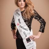 Nicole Homola verabschiedet sich als Miss Yokohama 2013/14