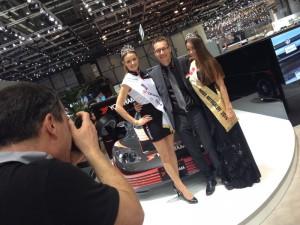 Miss Yokohama 2014 mit Miss Autosalon Genf 2014 und Reto Wandfluh CEO Yokohama Suisse